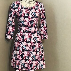 Brixon ivy Dress floral size Four long sleeves